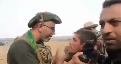 سوال متفاوت فرمانده عراقی از اسیر داعشی + فیلم
