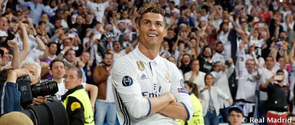 کریستیانو رونالدو در انتظار فرا رسیدن چهارصدمین بازی اش با پیراهن رئال مادرید