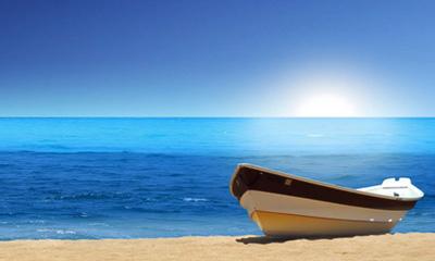یک روز کنار دریا