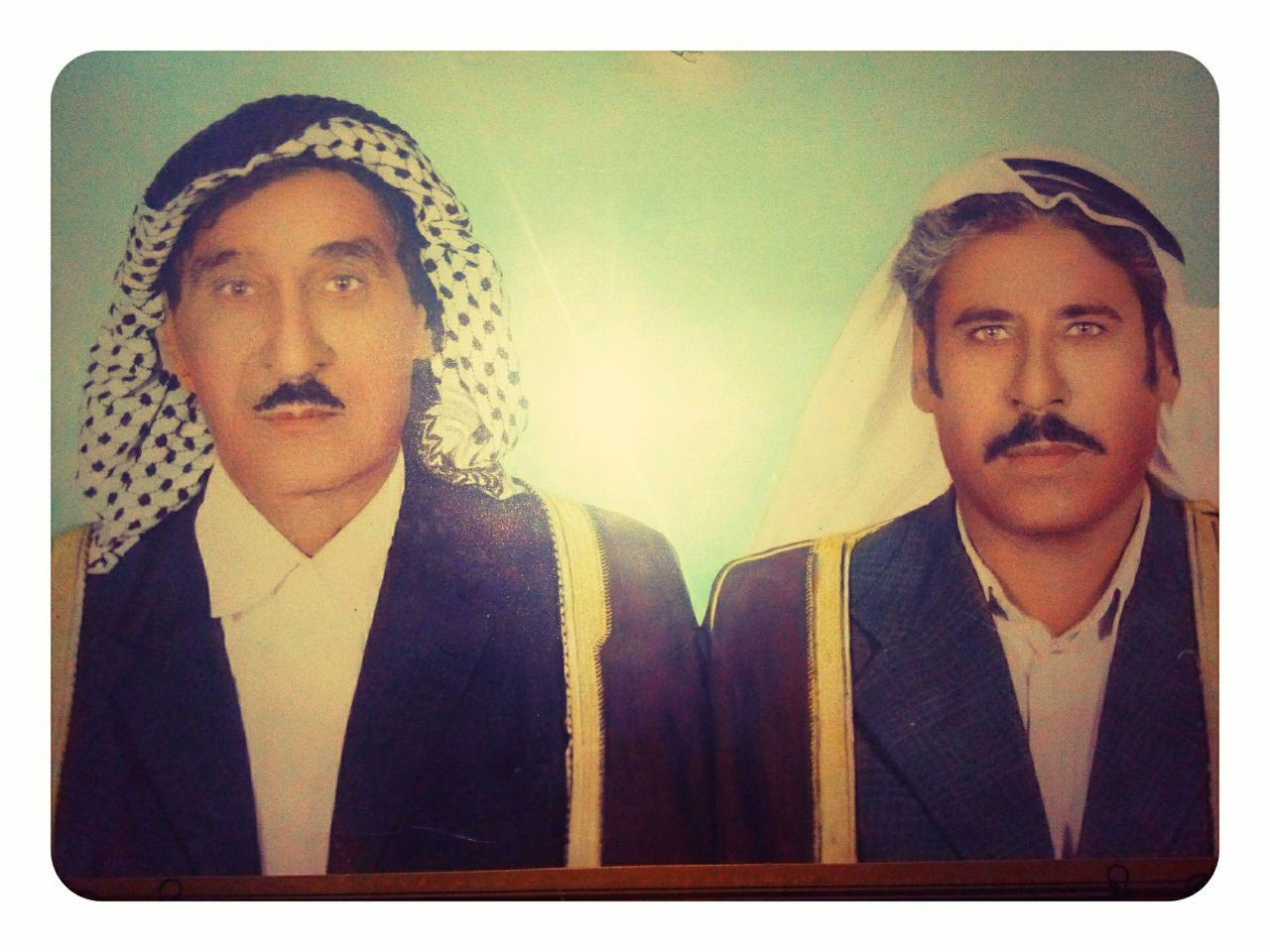 صورة الشیخ باقر بن طویهر ابن سویط مع نجله کاظم ابو یوسف