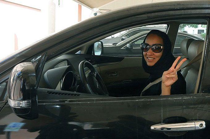 ممنوعیت اظهارنظر درباره قانون رانندگی زنان در عربستان!