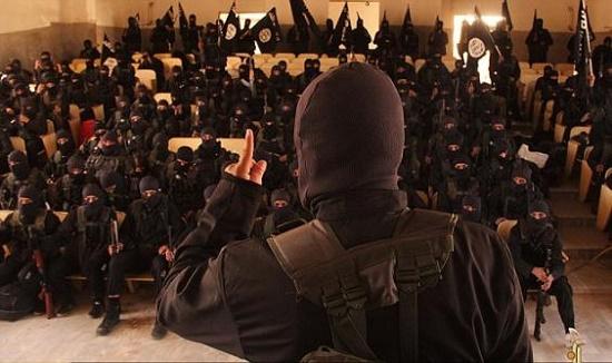 کشف کلاس آموزشی زیرزمینی داعش در السلمیه + فیلم