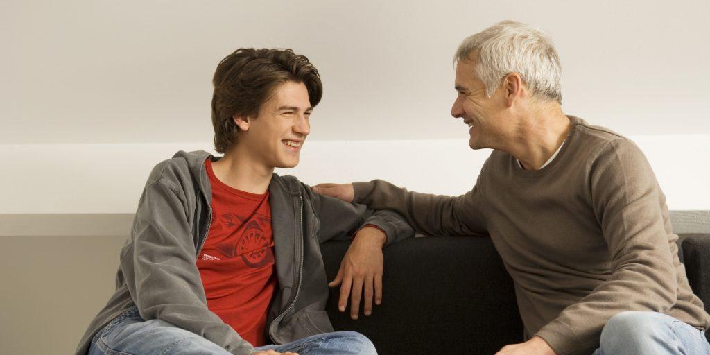 مشاوره روانشناسی برای نوجوانان و اثرات مثبت آن