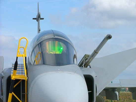 اصلی ترین رقیب اف35 آمریکایی، از استکهلم می آید