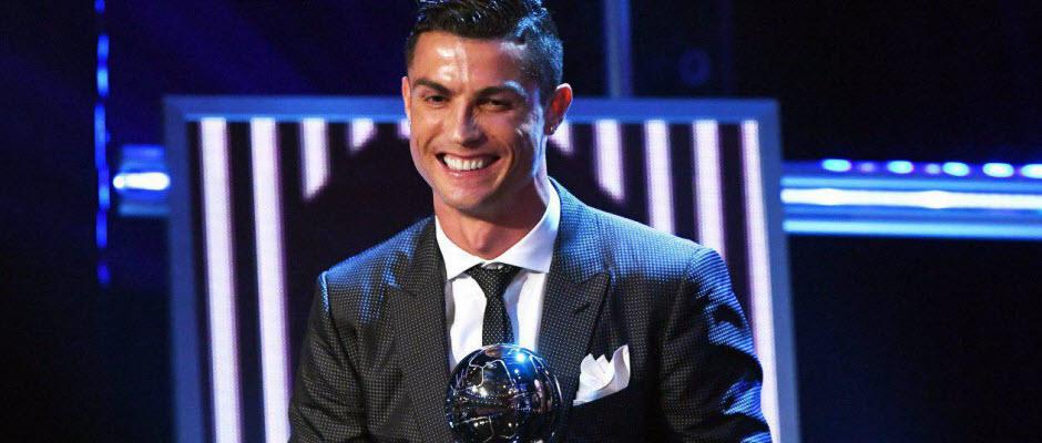 کریستیانو رونالدو: هیچگاه فکر نمی کردم که اینقدر جایزه ببرم