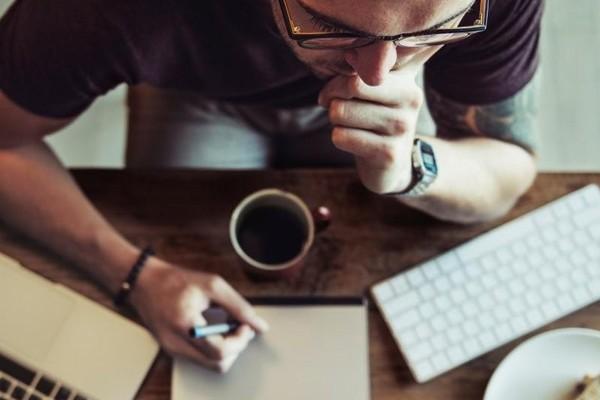 نوشتن برای فروش یا نوشتن برای مخاطب؟