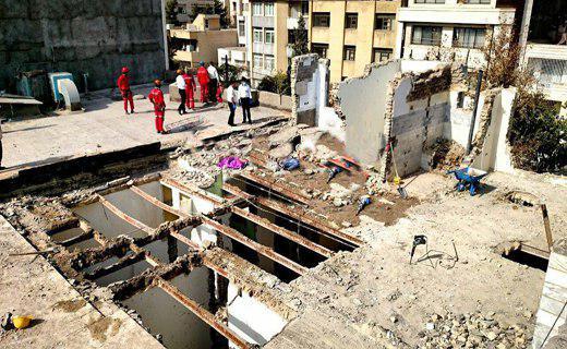 ریزش واحد مسکونی در مشهد ۳ کشته برجای گذاشت+تصاویر