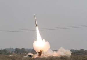 لحظه اصابت موشک صیاد ۲ به پهپاد + فیلم