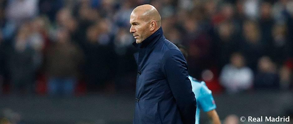 زیدان: رئال مادرید در بحران نیست؛ مقابل یک تیم بهتر شکست خوردیم