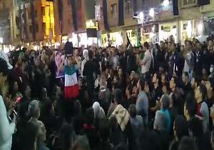 سینه زنی زائران اربعین حسینی در کربلای معلی + فیلم
