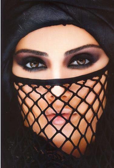 مدل آرایش چشم عربی3
