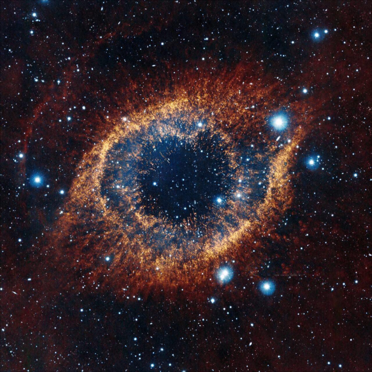 سحابی معروف به چشم خدا