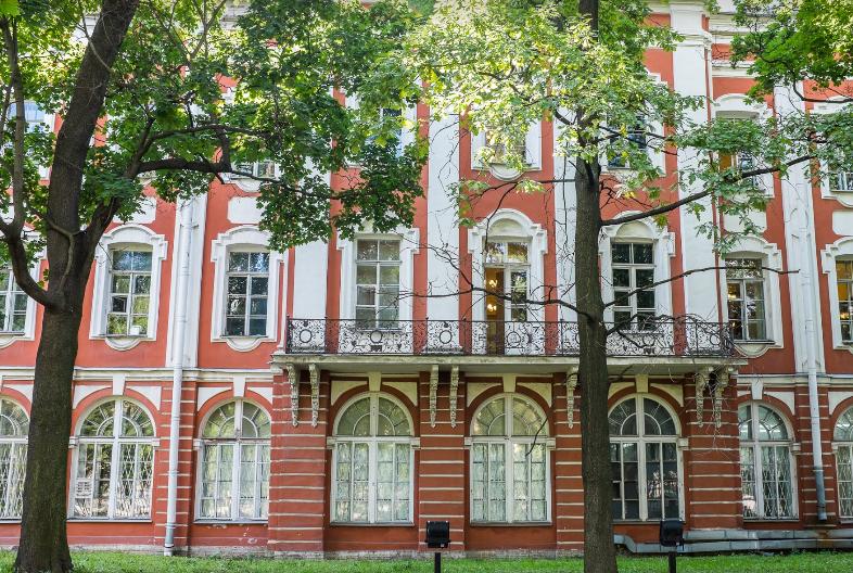 دانشگاه دولتی سنت پترزبورگ روسیه