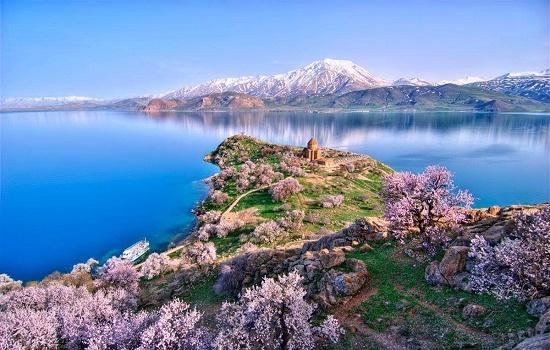 دریاچه سوان...