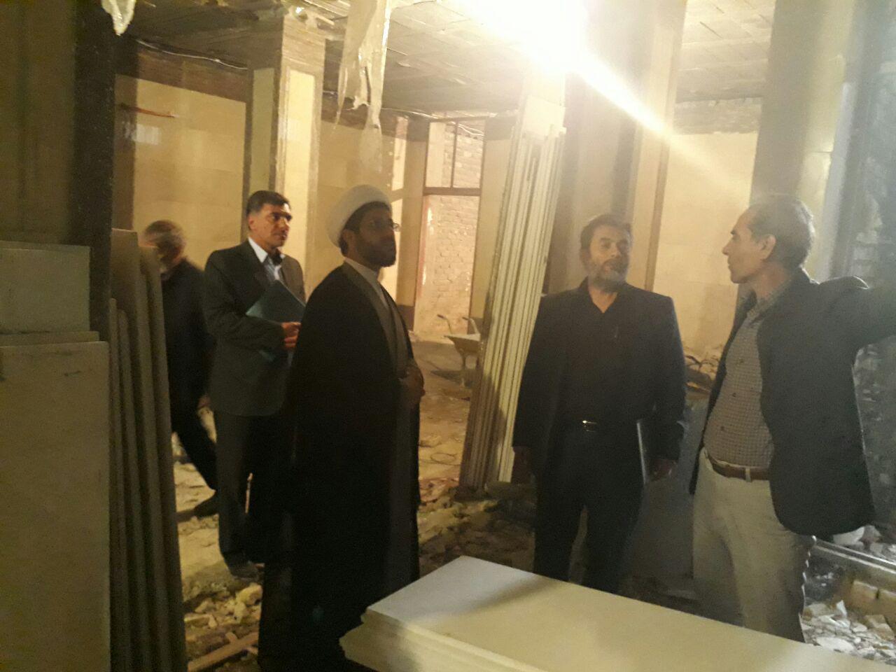 بازدید حاج آقا هاشمی امام جمعه محترم ( رئیس هیات امناء امزاده)،آقای آزادگی رئیس محترم اداره اوقاف،م