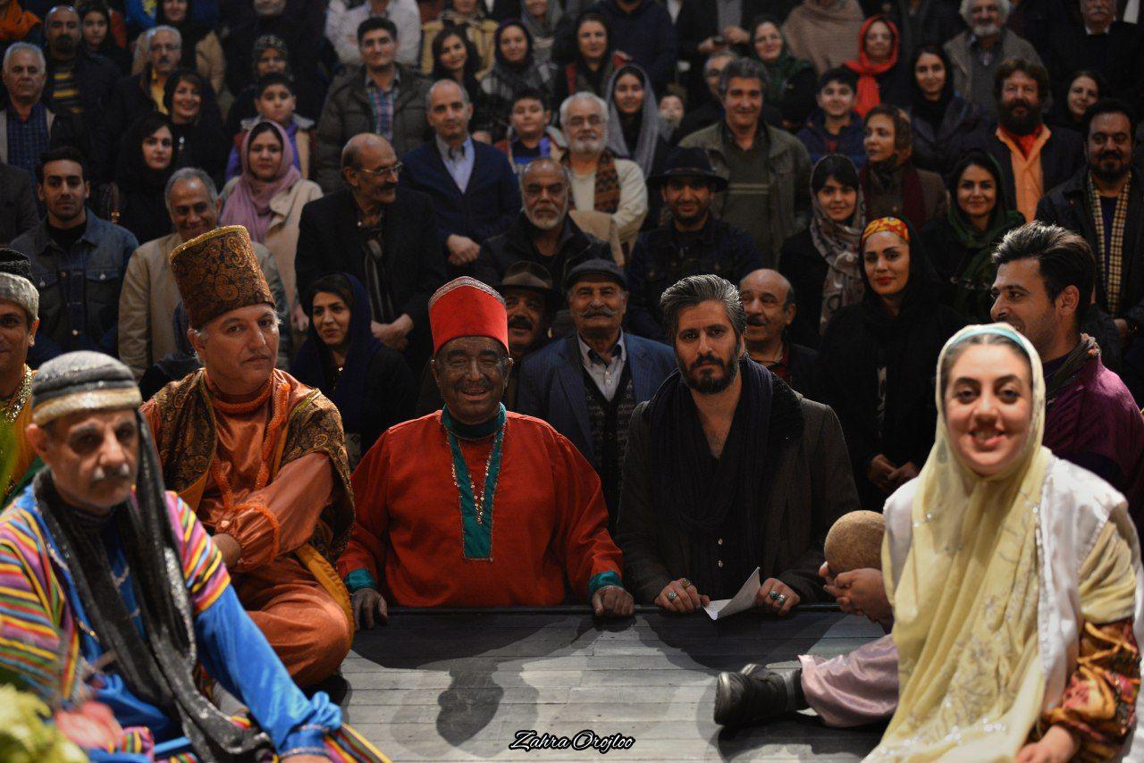 نمایش«جوحی و کدخدا» ویژه هنرمندان به روی صحنه رفت