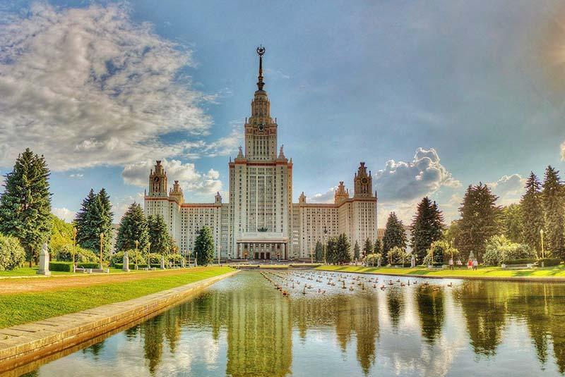 دانشگاه دولتي  «لومونوسف»  روسیه