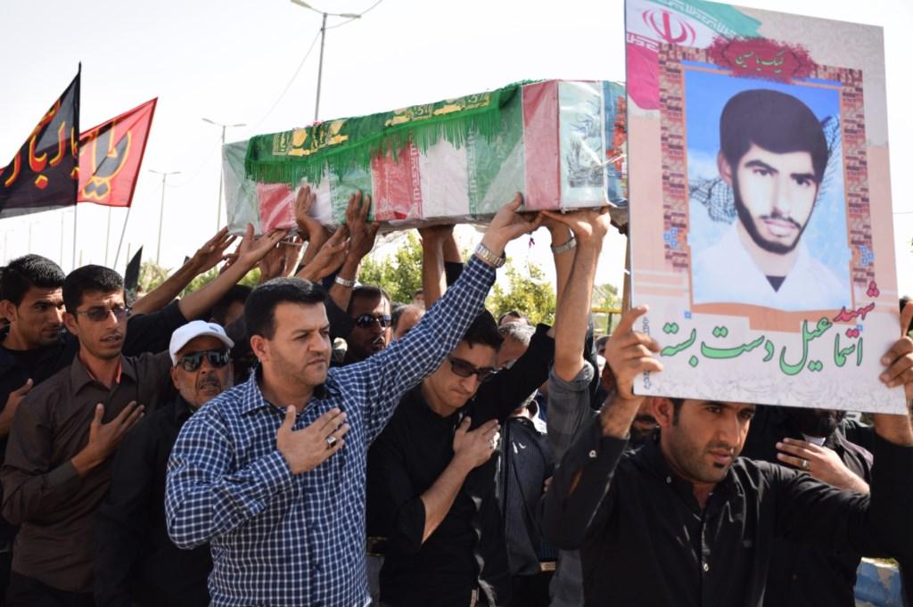 تشییع پیکر مطهر شهید دست بسته در روستای پاقلات