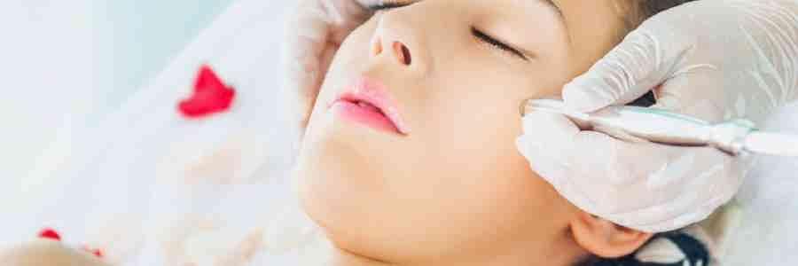 مزایا و معایب میکرودرمی برای پاکسازی پوست کدامند