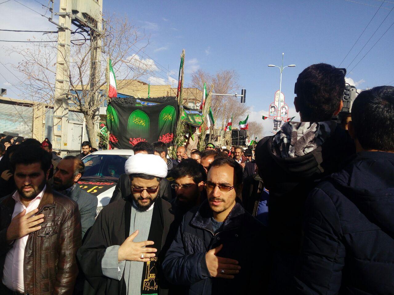 تشییع وتدفین پیکر مطهر ۳ شهید گمنام در قهدریجان1