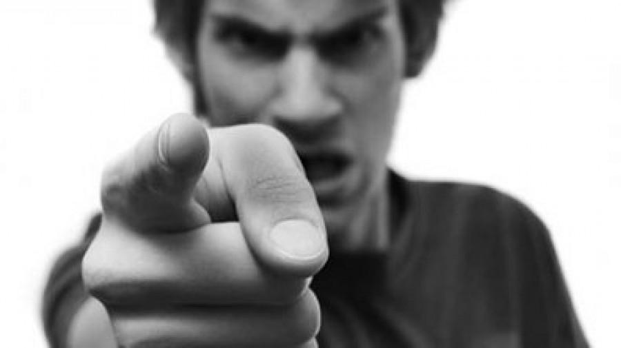 چرا عصبانی هستی؟