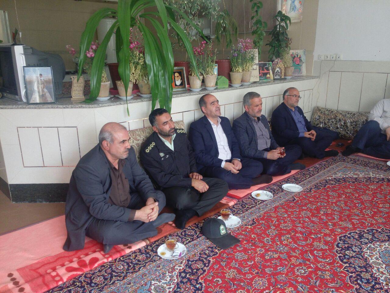 حضور جمعی از مسئولین شهرستان فلاورجان در دفتر و دیدار با امام جمعه محترم شهر قهدریجان