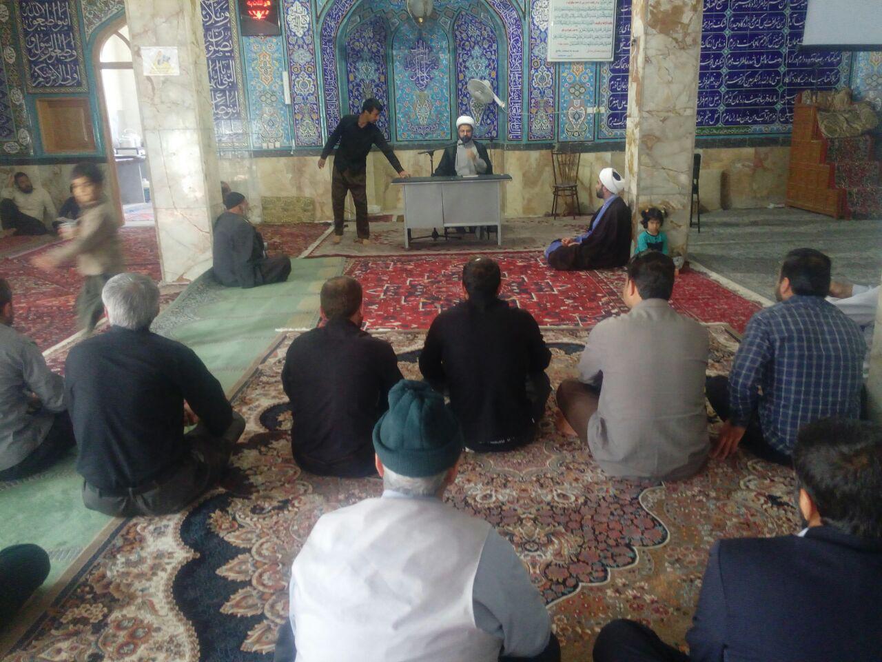 حضور و سخنرانی امام جمعه محترم شهر قهدریجان در بین معتکفین مسجد بزرگ