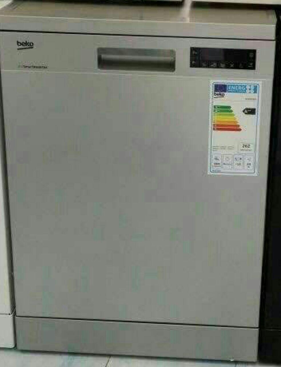 ماشین ظرفشویی بکو beko ظرفیت 13 نفره با 9 برنامه شستشو نمایشگر دیجیتال