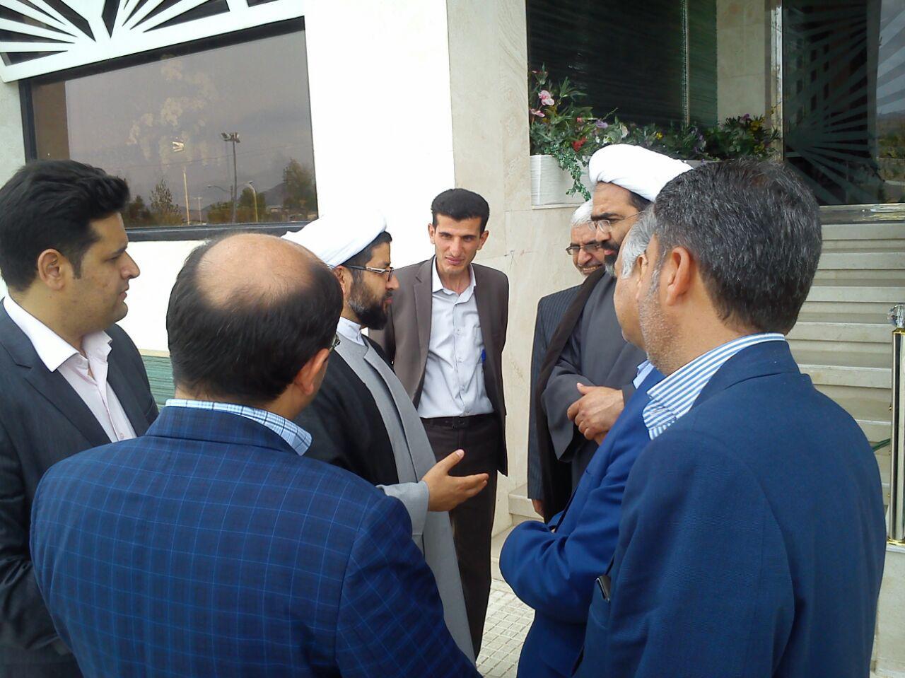 پیشنهادات امام جمعه شهر قهدریجان به امام جمعه شهر تیران در زمینه ساخت مصلی شهر و تذکر به مسئولین شه�