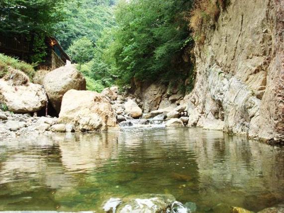 چشمه آب باد ارد