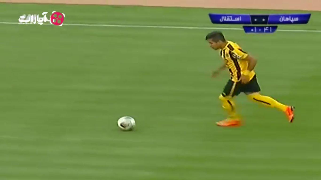 خلاصه بازی سپاهان 0-1 استقلال