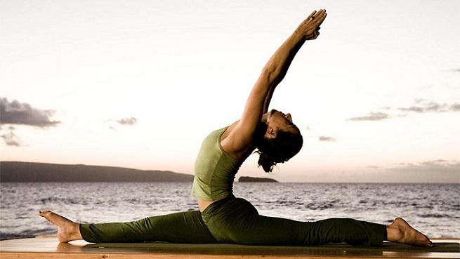 یوگا چیست و حرکات ورزش یوگا در خانه چه فوایدی دارد
