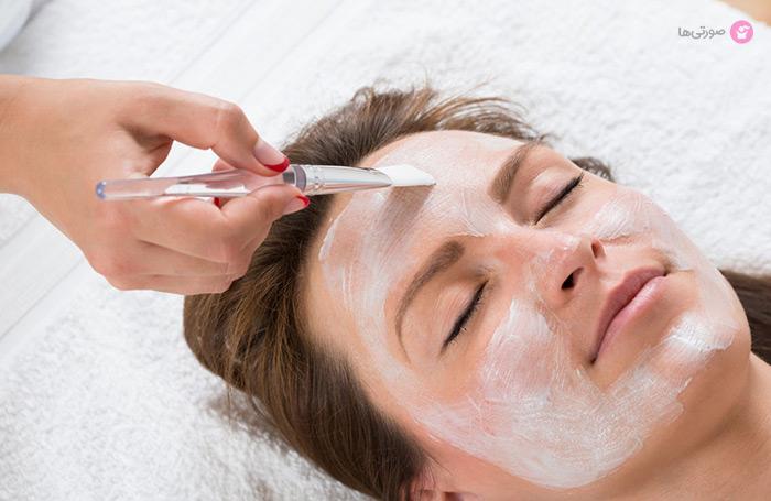 دکلره کردن صورت روش عالی برای محو موهای زائد صورت