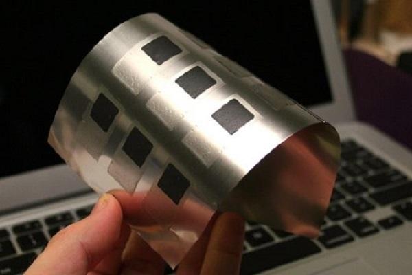 توسعهی باتری انعطاف پذیر برای دستگاههای پوشیدنی و ایمپلنتها