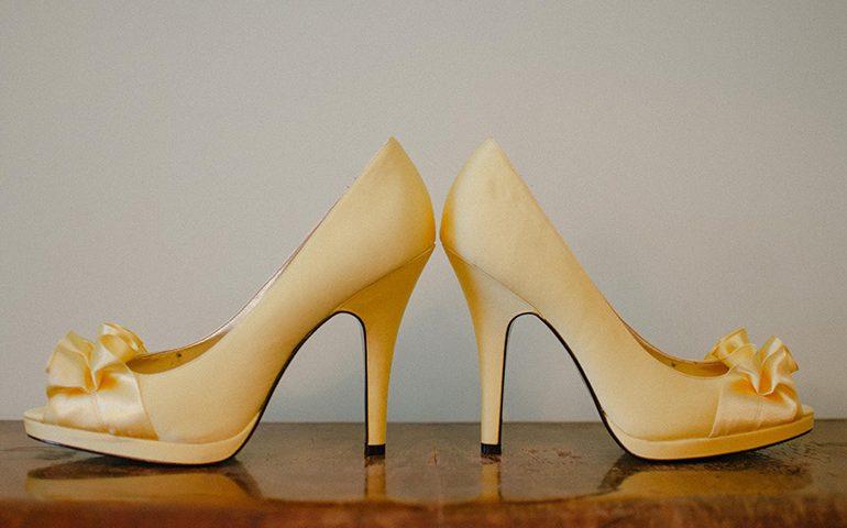 آموزش نوسازی کفش کهنه