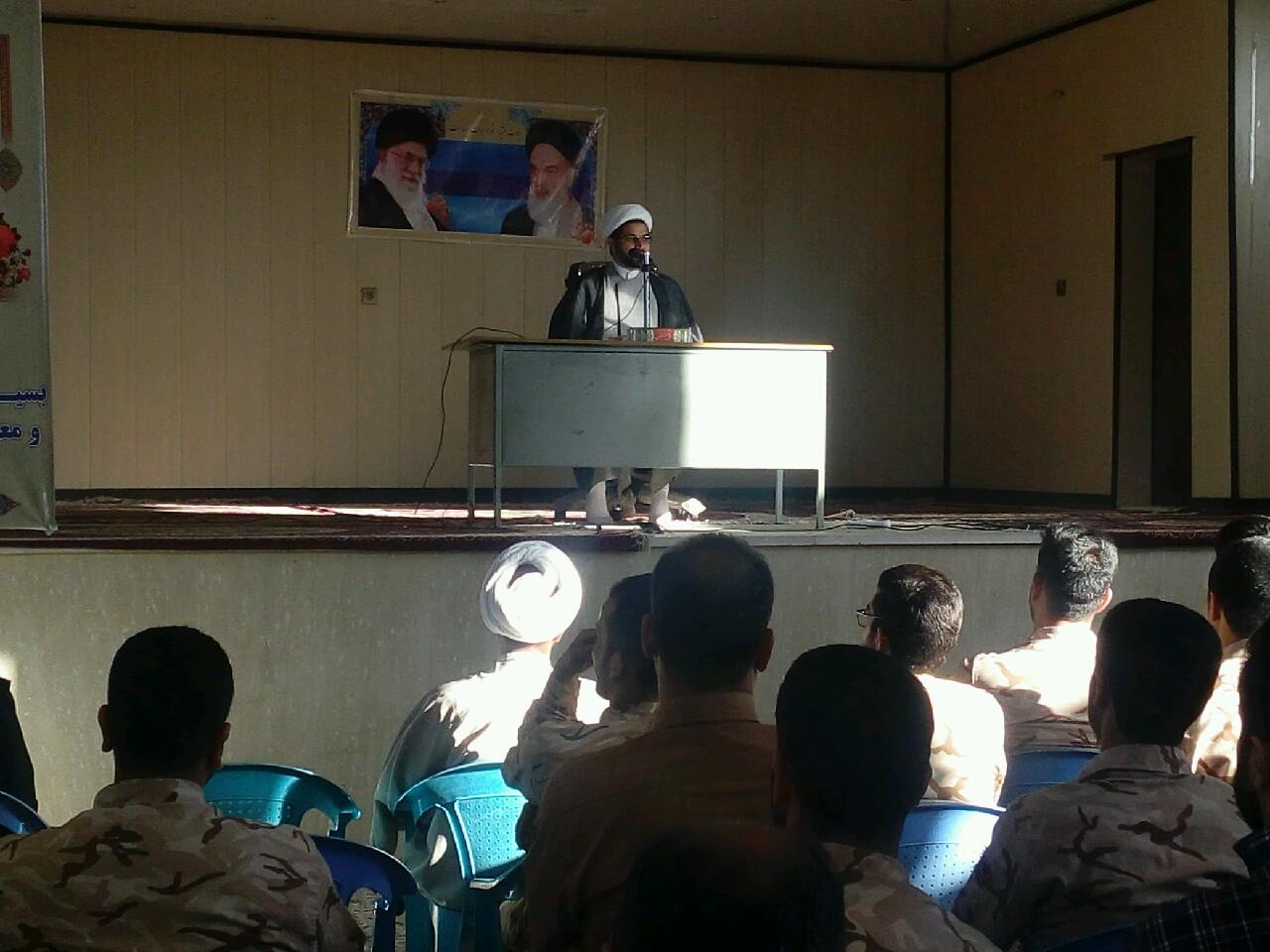 حضور و سخنرانی امام جمعه محترم شهر قهدریجان در سپاه فلاورجان
