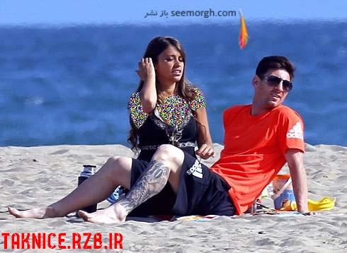 عکس جدید لیونل مسی و همسرش درسواحل بارسلونا