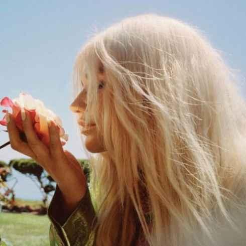 متن آهنگ American Fool از Kesha