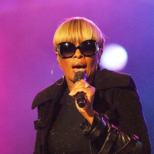 متن آهنگ Only Love از Mary J Blige