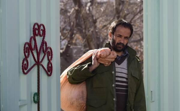 دانلود فیلم ایرانی خجالت نکش با لینک مستقیم