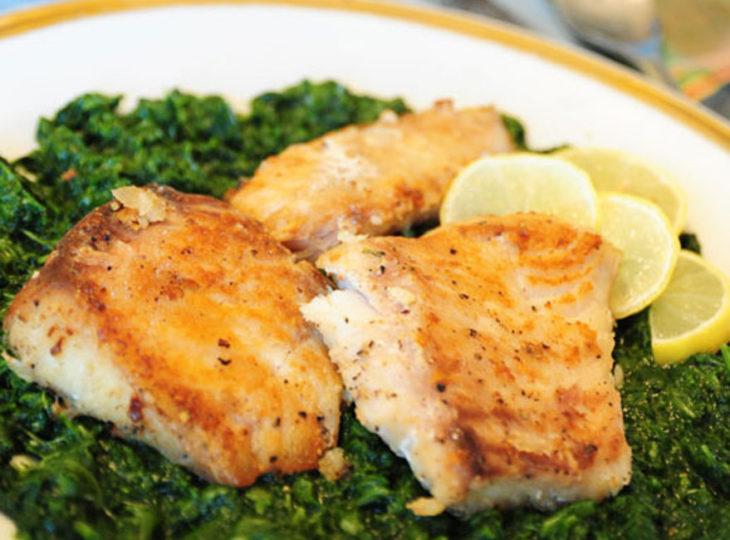 خوراک ماهی و اسفناج