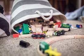نکته مهم در مورد کودکانی که زیاد اسباب بازی خراب میکنند