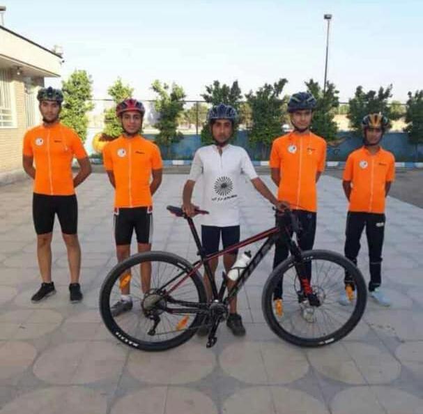 حضور تیم دوچرخه سواری لامرد در مسابقات قهرمانی فارس