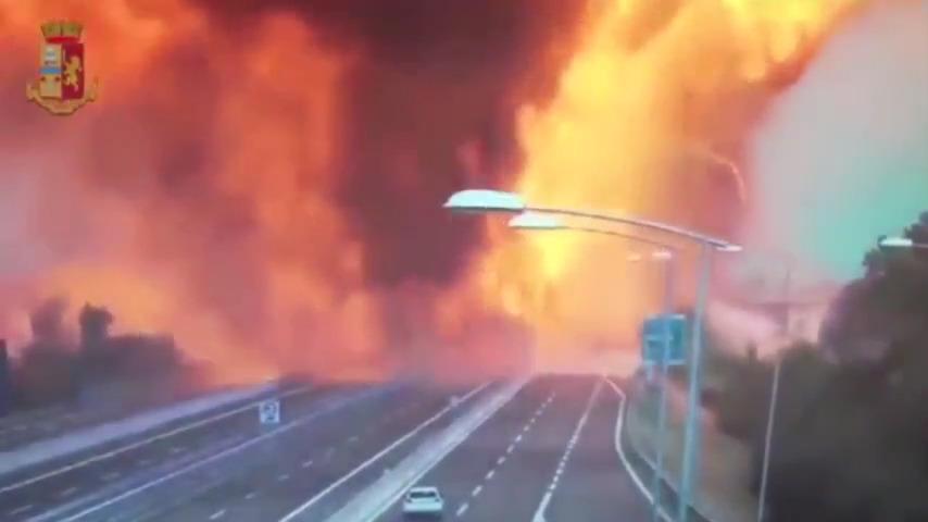 فیلم انفجار وحشتناک تانکر سوخت در ایتالیا