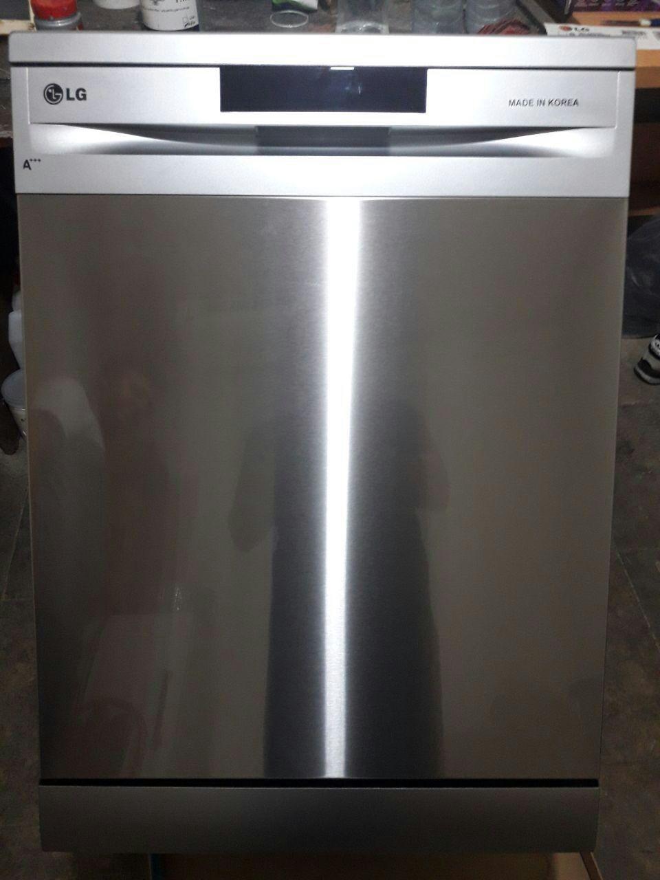 ظرفشویی ۱۴ نفره الجی فول کامل آنتی باکتریال اینورتر سه طبقه آسانسور دار