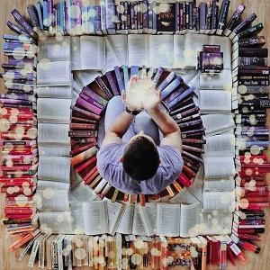 عشق بازی با کتاب!