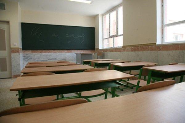 خطر بازگشت مدارس چند شیفته