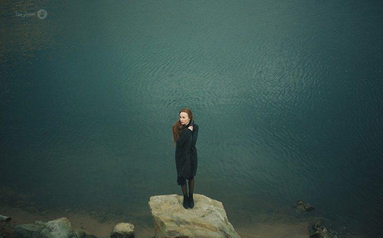 علائم افسردگی در نوجوانان دختر
