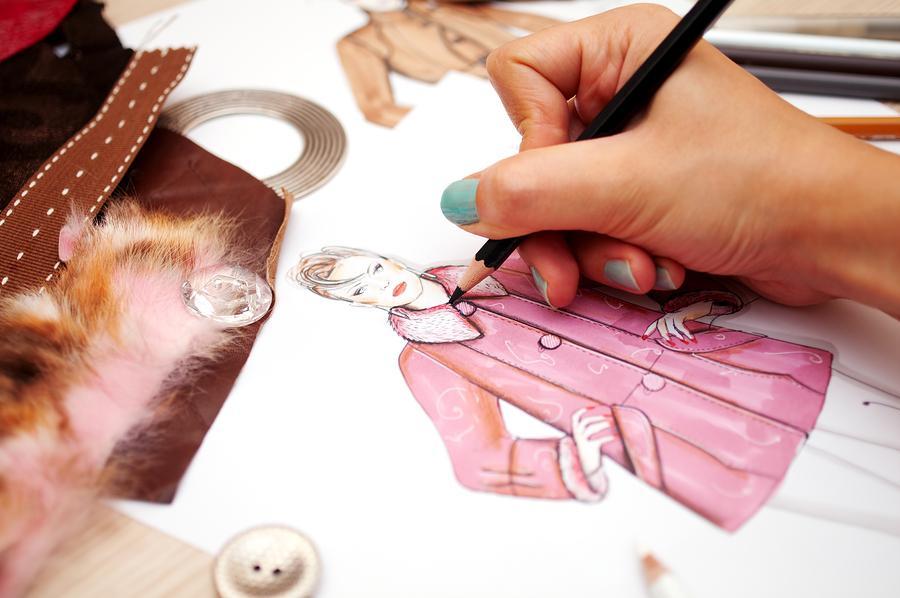 در مورد طراحی لباس بیشتر بدانید