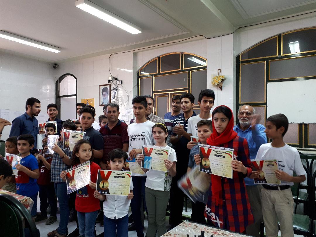 مسابقات استاندارد شطرنج(ویژه رده سنی زیر ۶ سال الی زیر ۱۸ سال) جام قربان به میزبانی هیات شطرنج شهرست